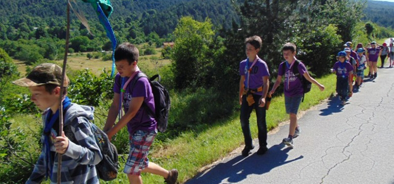 "Cub and junior scouts (""poletarci"" and ""pčelice"") earned skill badges in Vodice"